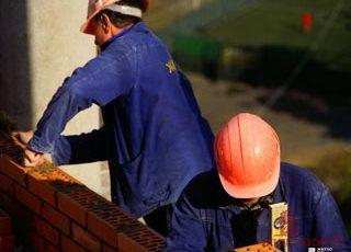 Вакансии АО «Жилстрой-2»: требуются рабочие строительных специальностей