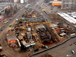 «Жилстрой-2»: Два выхода из станции метро «Победа» на Алексеевке будут оборудованы специальными лифтами
