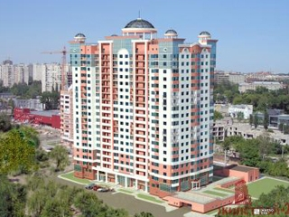 «Жилстрой-2» возводит 16-й этаж ЖК «Дом с ротондами» по ул.Сухумской