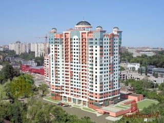 Продолжается строительство ЖК «Дом с ротондами» по ул.Сухумской