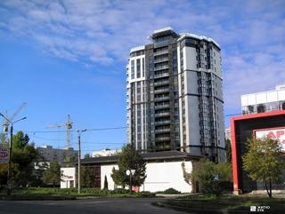 «Жилстрой-2» возводит 14-й этаж ЖК «Флагман» по пер. Дергачевскому