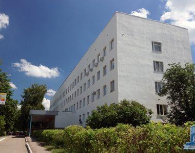 Городская поликлиника №6, пр. Юбилейный, 54-Б, 1974 г.