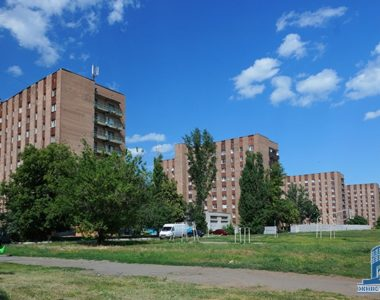 Комплекс общежитий, пр. 50-летия ВЛКСМ, 48-52, 1974-1976 гг.