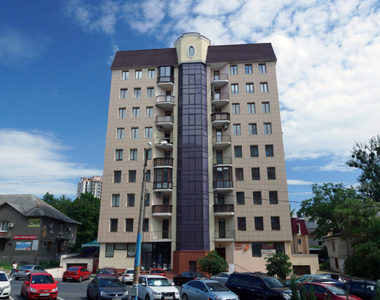 Жилой дом, ул. Космическая, 12, 2002 г.