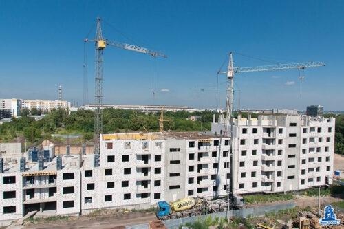 """В секции В дома №2 ЖК """"Пролiсок"""" установлено перекрытие над седьмым этажом"""